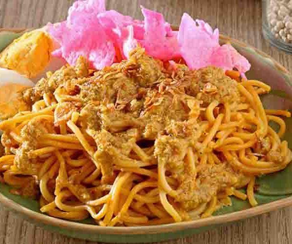 Mie Gomak Medan : Spaghetti nya Sumatera Utara Makanan Batak Toba