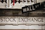 最高値更新中の米国株式が資産である理由(+しかも元本確保型で投資ができる)