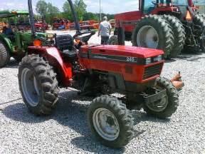 tracteur Case IH 244