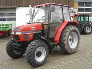 tracteur Case IH 3220