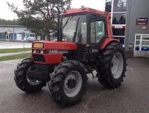 tracteur Case IH 885XL