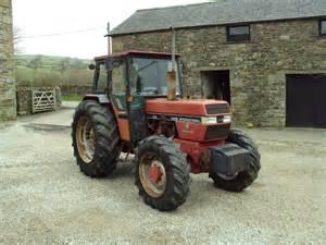 tracteur Case IH 895