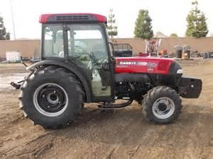 tracteur Case IH FARMALL 105N