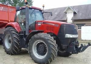 tracteur Case IH MAGNUM 225