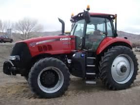 tracteur Case IH MAGNUM 240