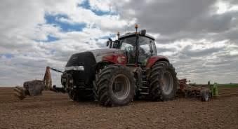 tracteur Case IH MAGNUM 340