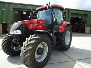tracteur Case IH MAXXUM 145