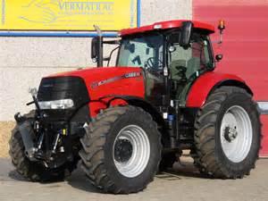 tracteur Case IH PUMA 215