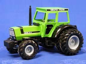 tracteur Deutz-Fahr DX 4.70