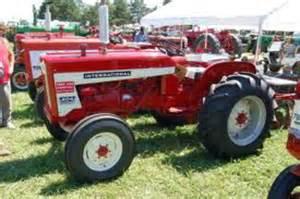 tracteur Farmall 404
