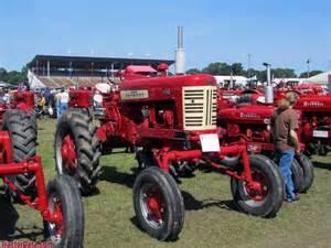 tracteur Farmall 450 HI-CLEAR
