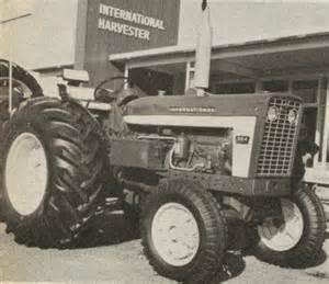 tracteur Farmall 564