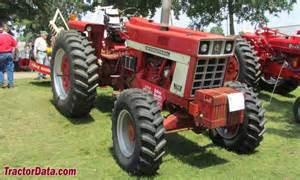 tracteur Farmall 766
