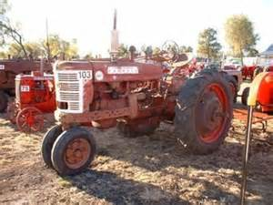 tracteur Farmall AM-7
