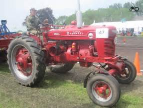 tracteur Farmall BMD