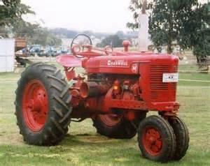 tracteur Farmall SUPER AM