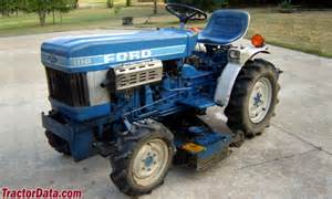 tracteur Ford 1110