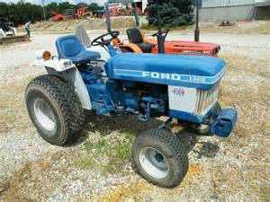 tracteur Ford 1310