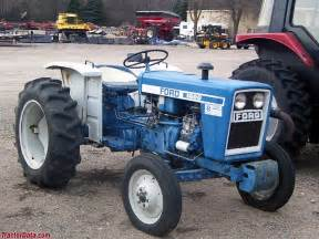 tracteur Ford 1600