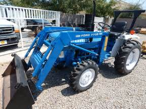 tracteur Ford 1710