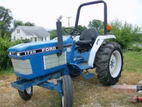 tracteur Ford 1720