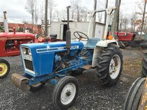 tracteur Ford 1900
