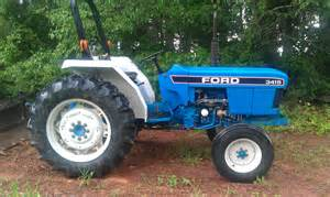 tracteur Ford 3415