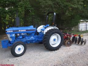 tracteur Ford 3910