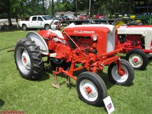 tracteur Ford 541