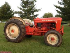 tracteur Ford 641