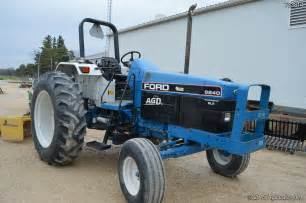 tracteur Ford 6640