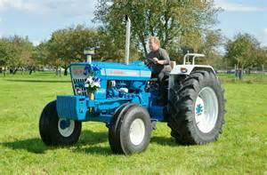 tracteur Ford 7000