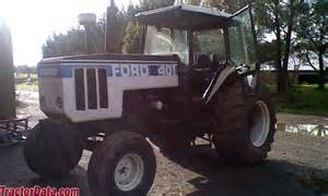 tracteur Ford 8401