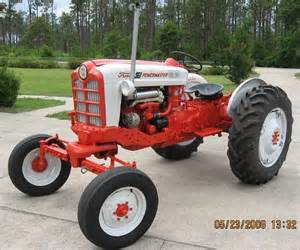tracteur Ford 941