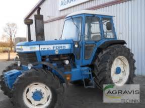 tracteur Ford TW-10