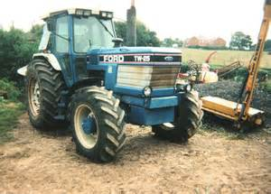 tracteur Ford TW-25