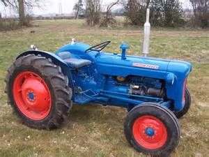 tracteur Fordson DEXTA