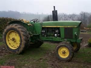 tracteur John Deere 3120