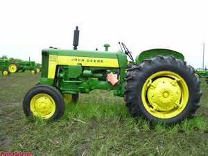 tracteur John Deere 435
