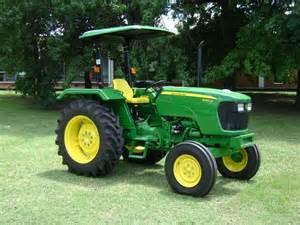 tracteur John Deere 5045D_second_modele