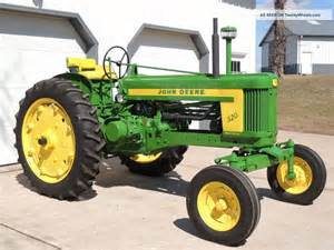 tracteur John Deere 520