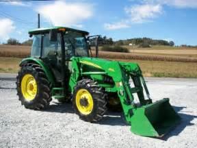 tracteur John Deere 5525