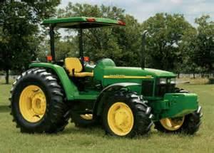tracteur John Deere 5715