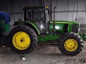 tracteur John Deere 6125J