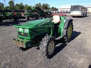 tracteur John Deere 76F
