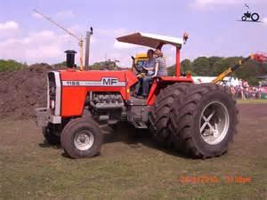 tracteur Massey Ferguson 1155