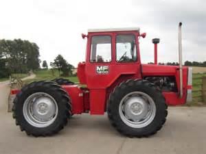 tracteur Massey Ferguson 1200