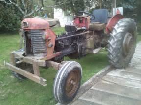 tracteur Massey Ferguson 184