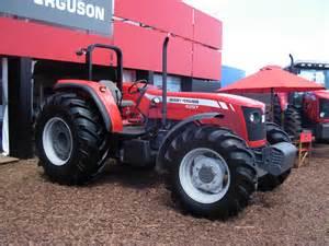 tracteur Massey Ferguson 210