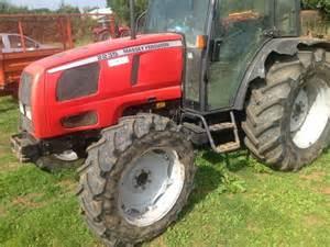 tracteur Massey Ferguson 2235